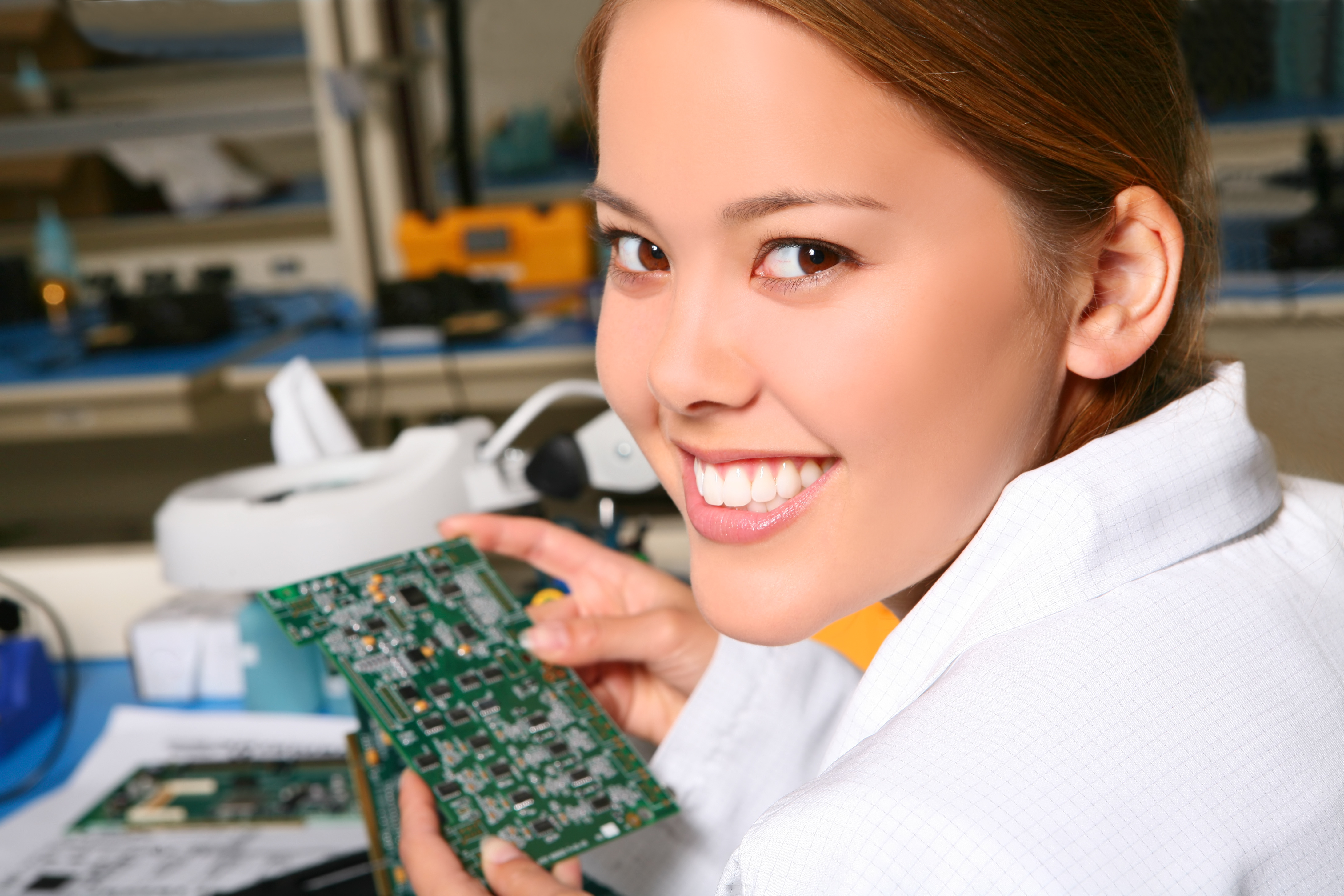 Benchmark Technology Group offers equipment repair services.